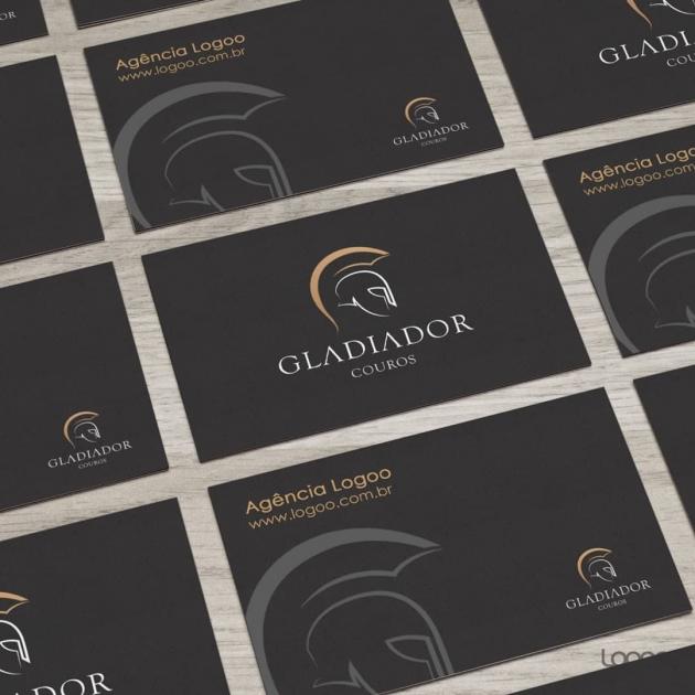 O conceito da logomarca GLADIADOR COUROS é composto pela denominação de seu próprio lettering, representado pelo ícone minimalista do capacete de gladiador, facilitando em suas aplicações em couro. para Gladiador Couro